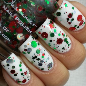 Kringle_All_The_Way_LacquerLoon_Swatch1