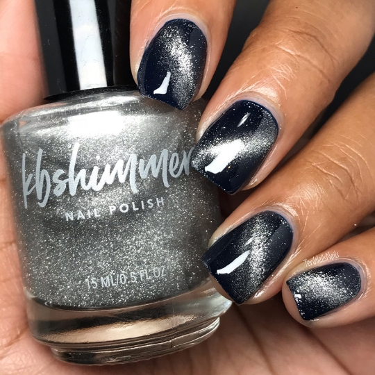 Love At Frost Sight Magnetic Nail Polish Topper
