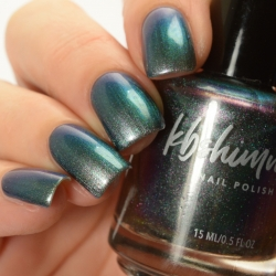 Stay Salty Multichrome Nail Polish